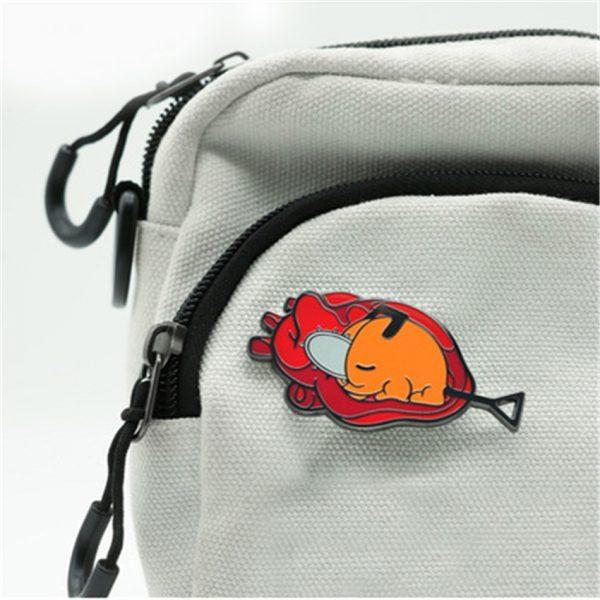 Takerlama 1PCS Chainsaw Man Pochita Cosplay Badge Metal Brooch Pins Bagpack Pin Anime Souvenir Toys - Chainsaw Man Shop
